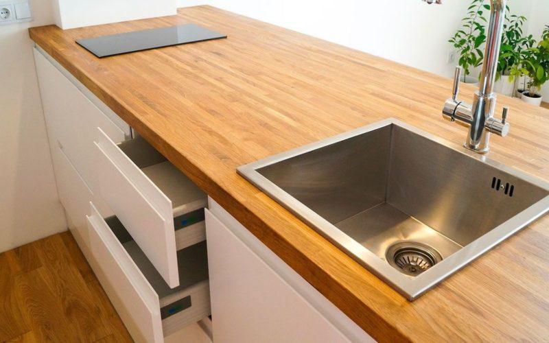 Столешница на кухню из дерева
